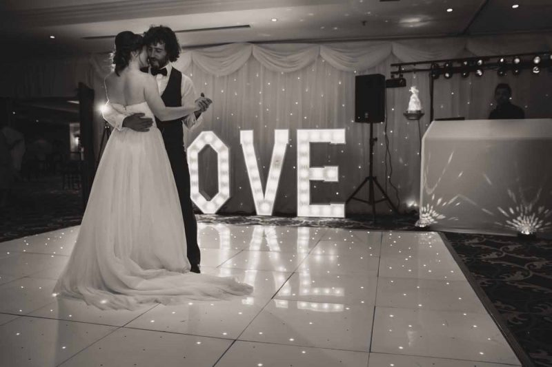 bride groom first dance worsley marriott